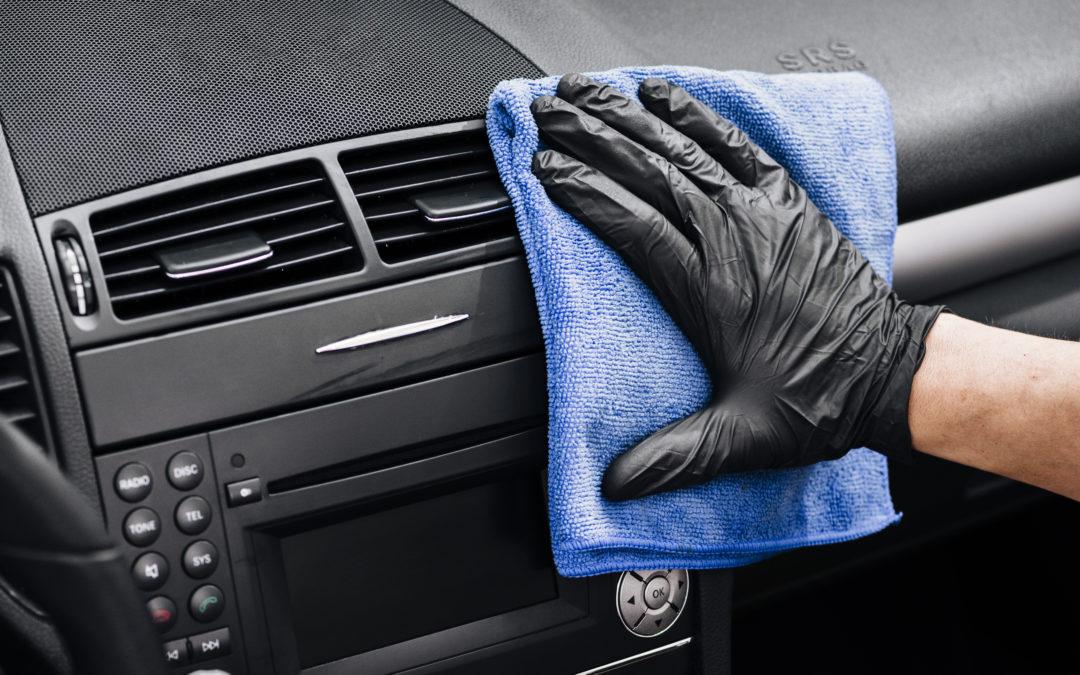 Disinfettanti superfici, abitacoli e gel mani.